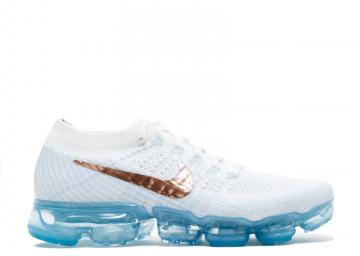 0a0143e431ea3 Wmns Nike Air Vapormax Flyknit Mtlc White Summit Bronze Red 849557-104