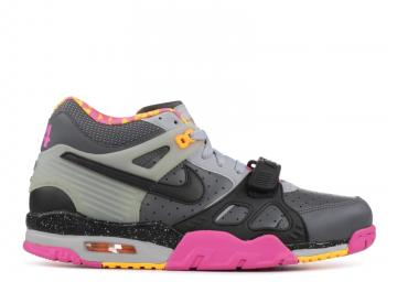 93ff683624d083 Air Trainer 3 Premium Quickstrike Bo Knows Horse Racing Grey Clb Gry Dark  Pink Black Wolf 682933-001