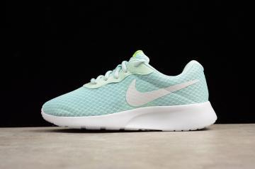 bc2c30db11a06 Nike Rosherun Tanjun Women Shoes Mint Green 812655-201