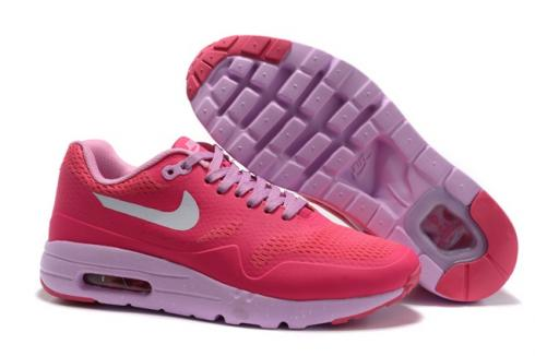 best service 9d87d 92727 More choices  Details. AN ICON WITH UPDATED BREATHABILITY. The Nike Air Max  1 Ultra Essential ...