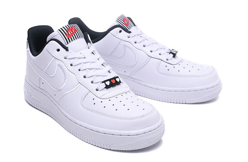 Nike Wmns Air Force 1 '07 SE LX Heartbreak Pack AJ0867 100