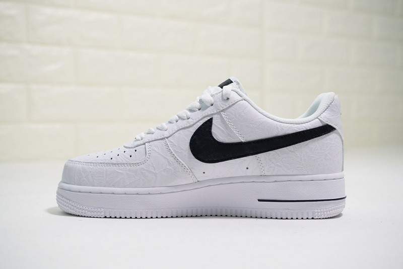 buy online 21c81 0debb Prev Supreme x The North Face x Nike Air Force 1 Low White Black AR3066-100