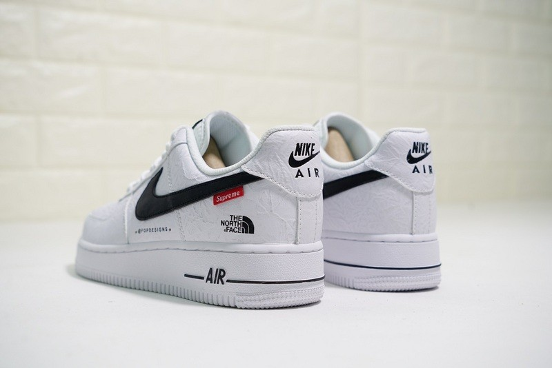 411e1f3cf Supreme x The North Face x Nike Air Force 1 Low White Black AR3066-100