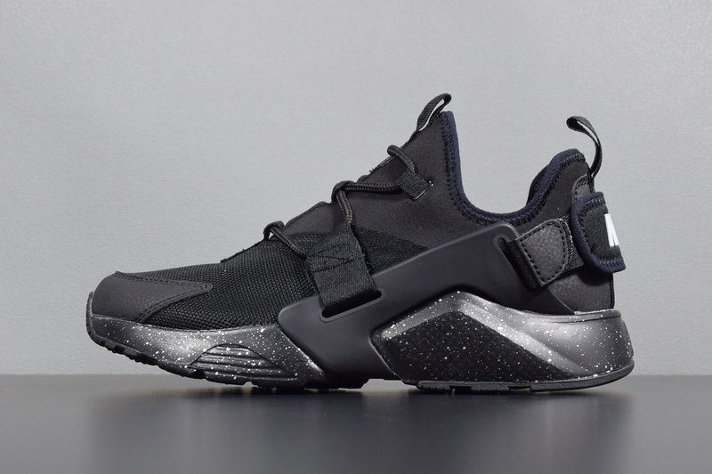 2608318a25b8 nike air huarache city low all black Nike Air Huarache City Low Casual Shoes  Black AH6804-009 - Febbuy