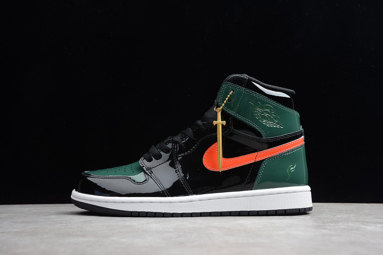 85501b6e609f04 Nike Air Jordan 1 High OG Solefly Friends   Family AV3905-038 - Febbuy