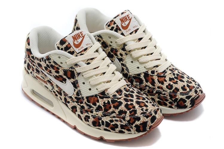 the best attitude 71009 4af30 Nike Air Max 90 Women Shoes VT QS Le0pard Brown White 813150
