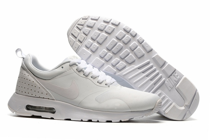 7bf617916c4c3 Prev Nike Air Max Tavas Platinium Neutral Grey Running Shoes Trainers NEU  OVP 705149-022. Zoom