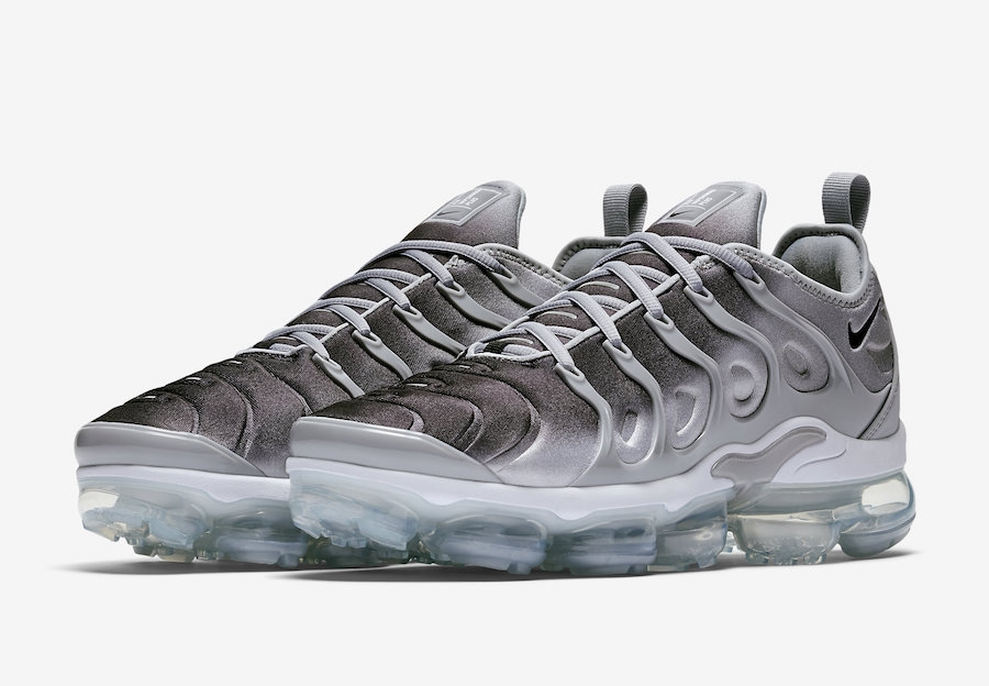 d838fbe20c7 Prev Nike Air VaporMax Plus Wolf Grey Black White 924453-007. Zoom
