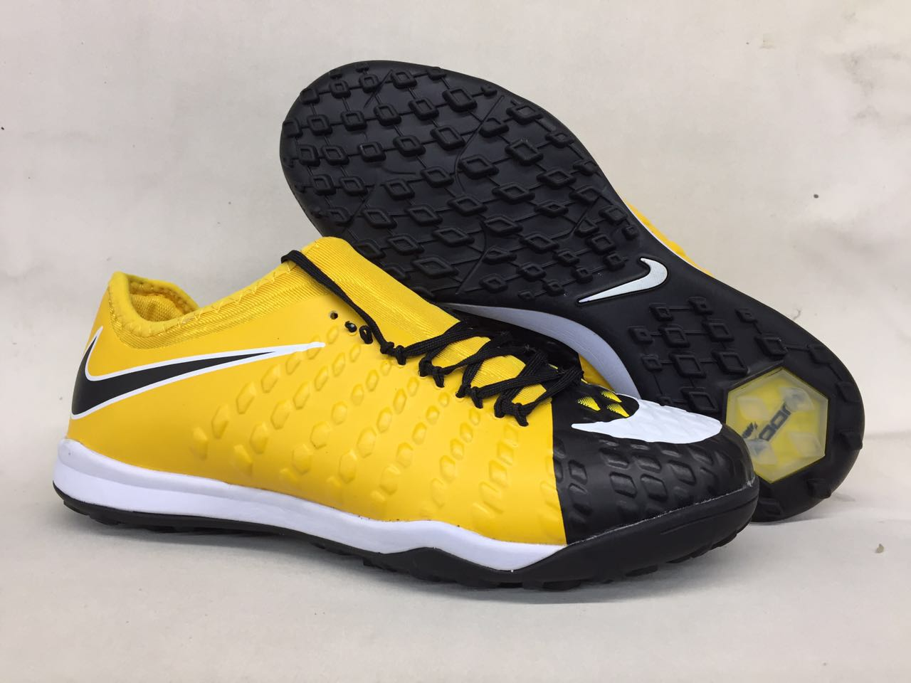 700a3c2af ... official prev nike hypervenom phantom iii df tf md yellow black 9669e  ea733