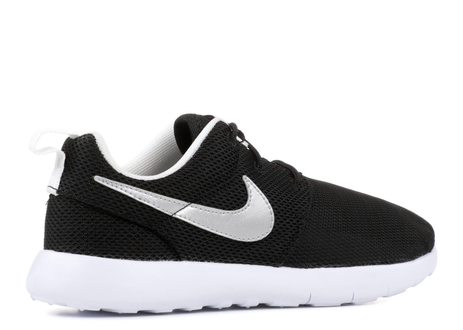 ad04686d5320 Nike Roshe One PS White Black Silver Metallic 749427-021 - Febbuy