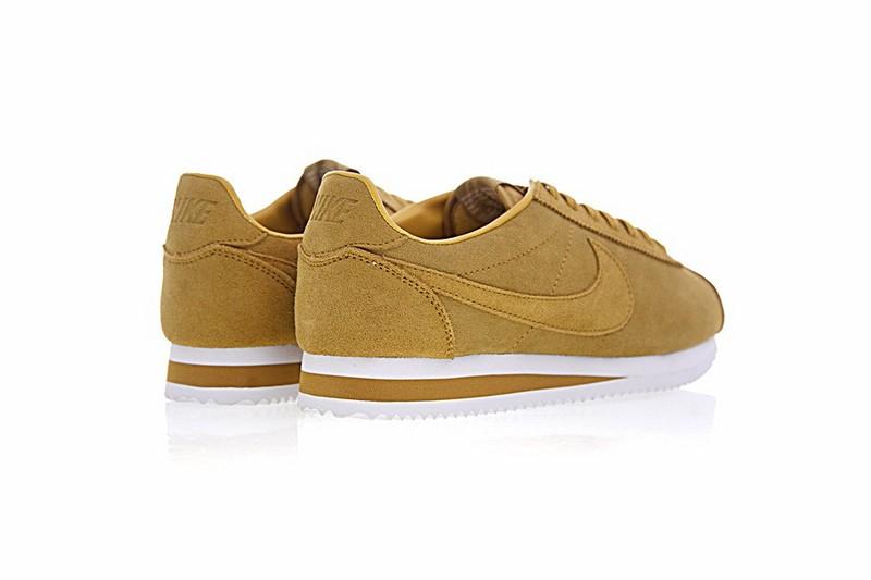 timeless design 42dd3 f2900 Nike Classic Cortez SE Wheat White Casual Shoes 902801-700
