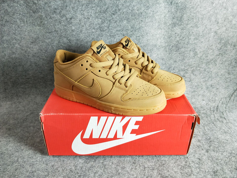 on sale d7103 fd41b ... Nike DUNK SB Low Skateboarding Shoes Lifestyle Unisex Shoes Light Brown  All 886070-200 ...